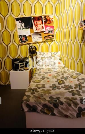 Chambre d'une adolescente au début des années 1980. Banque D'Images