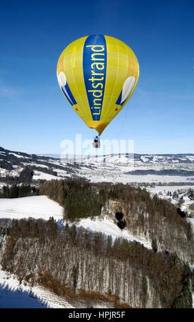 Gruyère: Le Château d'Oex International Balloon Festival / Festival International de Ballons à Château-d'Oex
