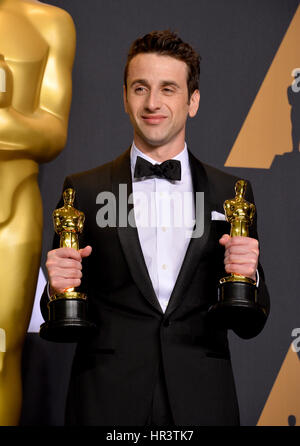 Los Angeles, USA. Feb 26, 2017. LOS ANGELES, CA. 26 février 2017 : Justin Hurwitz dans la photo prix à la 89e session Banque D'Images