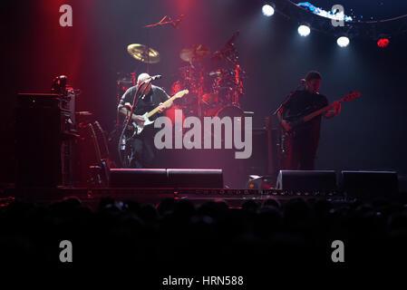 """Wroclaw, Pologne. 3 mars, 2017. Australian Pink Floyd effectue durant le cadre visuel, 'Le meilleur côté de la Lune"""" Banque D'Images"""