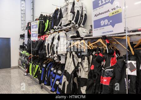 ... LAPPEENRANTA, FINLANDE - CIRCA FEB 2016   vestes et pantalons moto  Textile sont en vente 9c972bde349