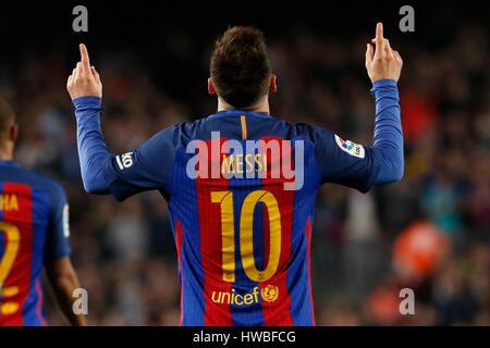 Barcelone, Espagne. Mar 19, 2017. La Barcelone Lionel Messi célèbre après avoir marqué pendant la première division Banque D'Images