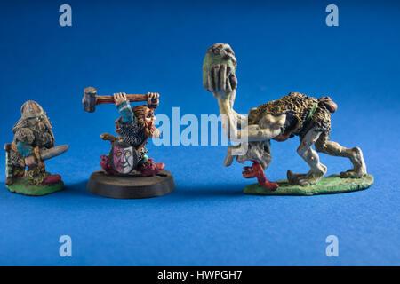 Donjons et Dragons plomb peinte à la main chiffres produits par Citadel miniatures et vendu par Games Workshop en Banque D'Images