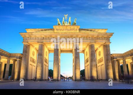 La nuit porte de Brandebourg, Berlin, Allemagne Banque D'Images
