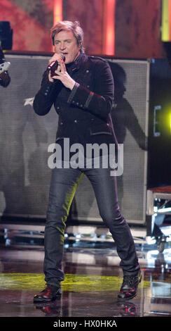 Chanteur Simon Lebon de Duran Duran en prestation au 2007 American Music Awards au Nokia Center de Los Angeles le Banque D'Images