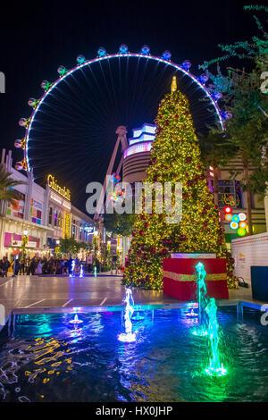 Le Linq, un coin repas et de commerces et High Roller au centre du Strip de Las Vegas Banque D'Images