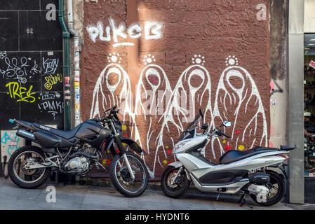 Graffiti sur Rua 31 de Janeiro (31 janvier) dans la rue Santo Ildefonso paroisse civile de la ville de Porto, deuxième Banque D'Images