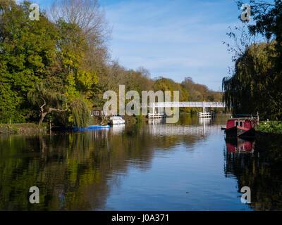 Whitchurch, pont sur la Tamise, Village de Pangbourne dans le Berkshire, Angleterre
