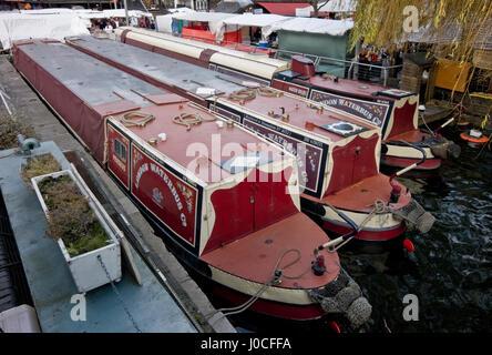 Bateaux du canal ou des chalands à Hawley, près de Camden Lock, à Camden Town, Londres, Angleterre Banque D'Images