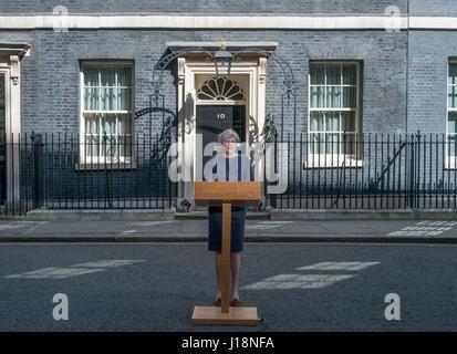 Downing Street, London UK. 18 avril, 2017. PM Theresa peut annonce une élection éclair pour 8e juin 2017. Credit: Malcolm Park.