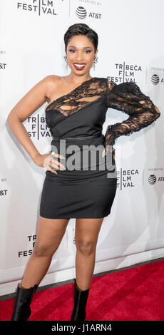 "New York, USA. Apr 19, 2017. Jennifer Hudson assiste au Festival du film de Tribeca 2017 - ""Clive Davis: La bande Banque D'Images"