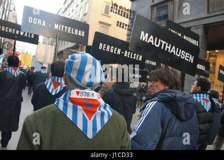 """Milan (Italie), """"mémoire 24"""", manifestation à la mémoire des déportés dans les camps de concentration nazis Banque D'Images"""