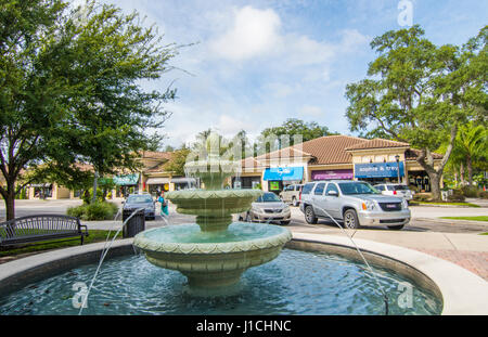 Lake Mary Floride des boutiques du centre-ville de développement haut de gamme appelé Central Park 5e Rue, dans Banque D'Images