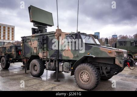 MMSR Zubr polonaise moderne utilisé pour la surveillance de l'air mobile système SOLA utilisé par les forces armées de la République de Pologne - Varsovie, Pologne