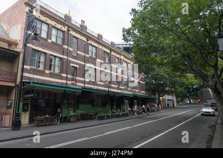 Australie 2016/17. Boutiques et des appartements sur St George dans les roches de Sydney, Nouvelle-Galles du Sud, Banque D'Images