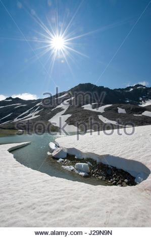 La France, le sud-est de la France, Vanoise massif, l'un des lacs près de Lesse le col de montagne Banque D'Images