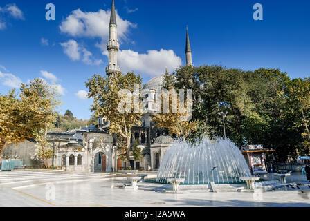 Mosquée du Sultan Eyup construit en 1458, il a été la première mosquée construite par les Turcs ottomans après la Banque D'Images