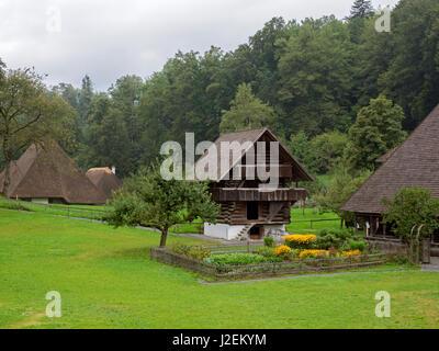 Canton de Berne, Suisse, musée en plein air Ballenberg, Grenier,, du canton de Berne 1685 Kiesen Banque D'Images