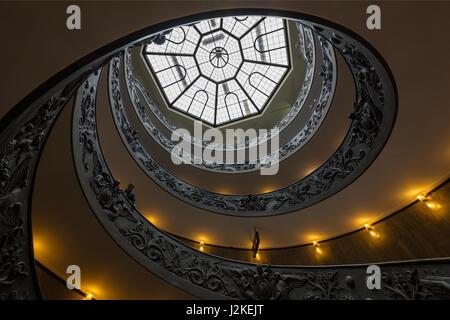 Plafond de la chapelle sixtine au vatican rome banque d - Fresque du plafond de la chapelle sixtine ...