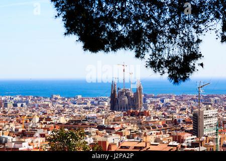 La Sagrada Familia de Gaudi Barcelone à partir de la basilique et le parc Guell, Barcelone, Catalogne, Espagne Banque D'Images