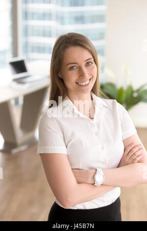 Femme entrepreneur jouit de sa carrière Banque D'Images