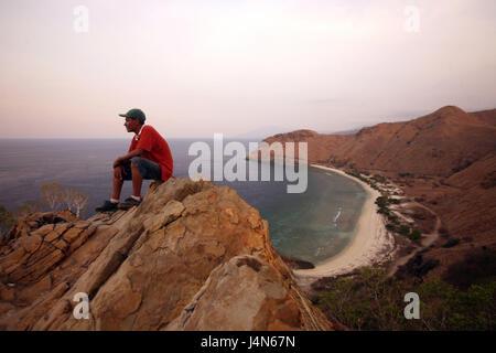 République démocratique du Timor oriental, Dili, Cap-Fatucama, crag, homme, détente, Banque D'Images