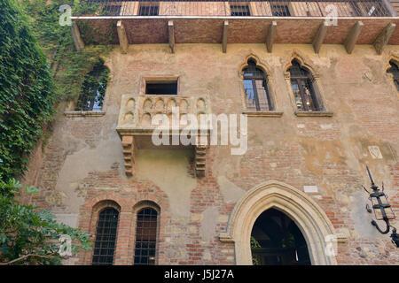La maison de Juliette à Vérone avec balcon Banque D'Images