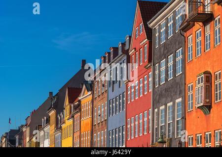 Façades colorées de Nyhavn de Copenhague, Danemark Europe Banque D'Images