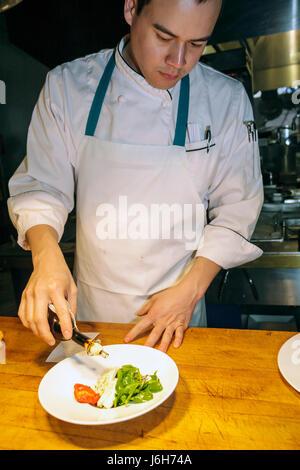 Roanoke Virginia Campbell Street Metro restaurant décontracté sert une cuisine américaine présentation de nourriture Banque D'Images
