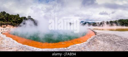 La Nouvelle-Zélande, Rotorua, Wai-O-Tapu Thermal Wonderland, Piscine De Champagne Banque D'Images