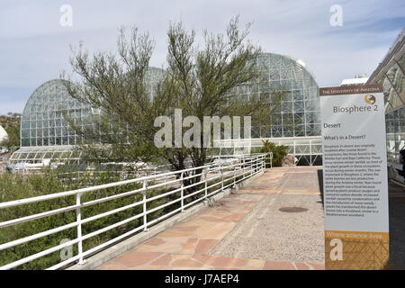 Arizona, APR 9: Vue extérieure de la Biosphère 2 sur 9 APR 2017 at Arizona, États-Unis Banque D'Images