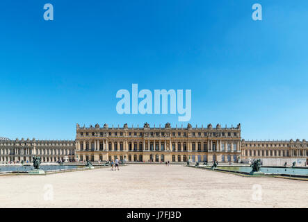 Vue arrière du château de Versailles (château de Versailles), près de Paris, France Banque D'Images