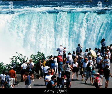 Affichage des touristes Niagara Falls, Ontario, Canada Banque D'Images