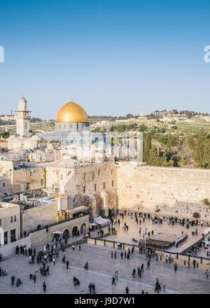 Mont du Temple, Dôme du Rocher, Rédempteur l'Église et de l'ancienne ville de Jérusalem, Israël, Moyen Orient Banque D'Images