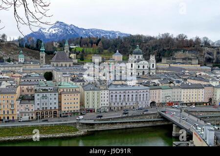 Vue sur la vieille ville, Salzbourg, Autriche, Europe Banque D'Images