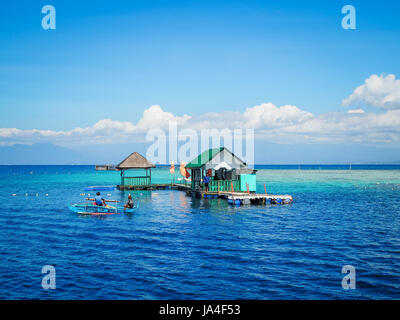 Davao, Philippines - Samal Island, la maison de la richesse de la vie marine et les eaux magnifiques. 2km de la Banque D'Images