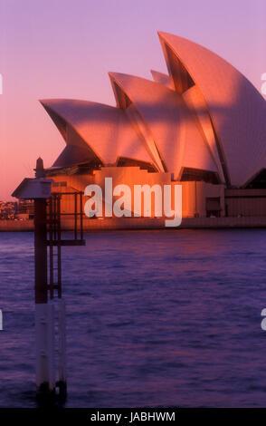 Tiré de l'humeur de l'Opéra de Sydney, Sydney, New South Wales, Australia Banque D'Images