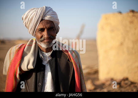 La vie dans les villages dans la région de désert de Thar, Rajasthan, Inde Banque D'Images