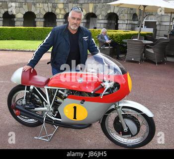 Paul Hollywood vu sur le MV 1960 Augsta motor GP initialement monté par John Surtees au Motor Sport Hall of Fame Banque D'Images