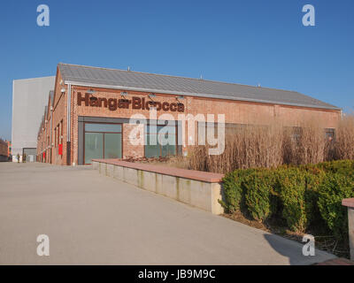MILAN, ITALIE - février 23, 2014: Le Hangar Bicocca est une nouvelle salle d'exposition d'art contemporain construit en 2004 dans une usine abandonnée dans une grande zone de régénération