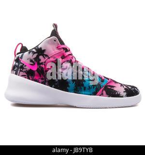 sports shoes 437f9 69e9d ... Hyperfr Nike3sh QS Lagon bleu, rose Blast Mens Basketball Shoes -  808781-400 Banque