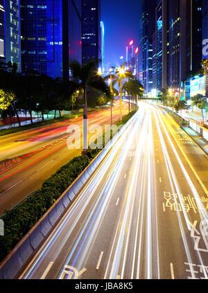 Le trafic important dans la ville