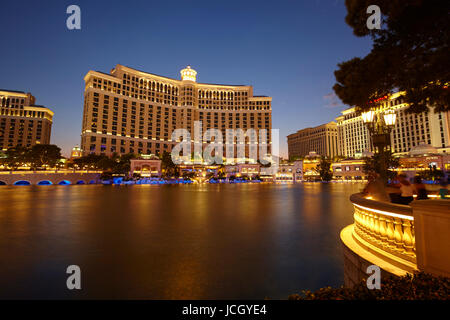 Hôtel Bellagio le soir, Las Vegas, Nevada, United States