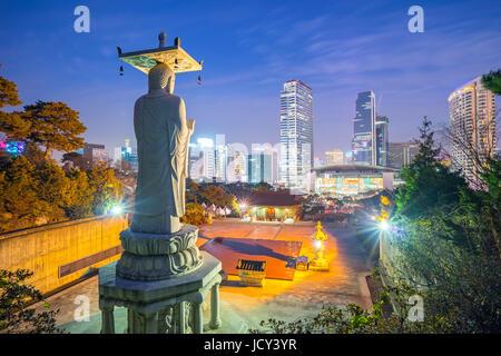 Seoul city skyline at night en Corée. Banque D'Images