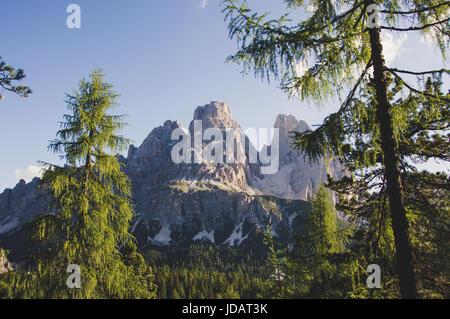 Le mont Cristallo Dolomites Vénétie Italie Banque D'Images