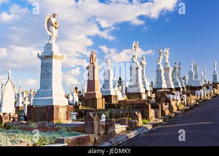 Bondi à Coogee, voie promenade côtière, via Bronte Beach et Waverley Cemetery Banque D'Images