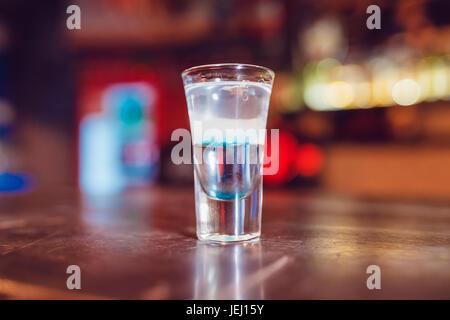 L'alcool shot Hiroshima sur la barre.