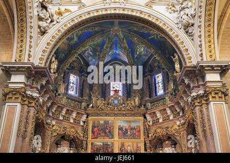 Modifier l'Arch et plafond dans la cathédrale de Valence Banque D'Images