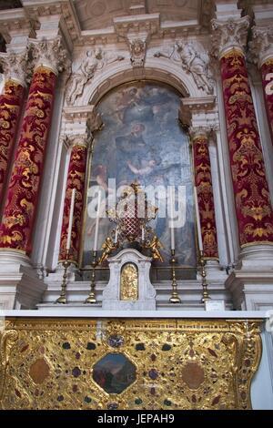 Venezia Veneto Italia Peinture de Pietro Liberi, S. Antonio 1665 autel latéral à l'intérieur de la Basilique de Santa Maria della Salute.