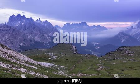 L'Europe, Italie, Vénétie, Belluno, paysage vers Misurina et les montagnes autour de la voie près de Auronzo hut Banque D'Images